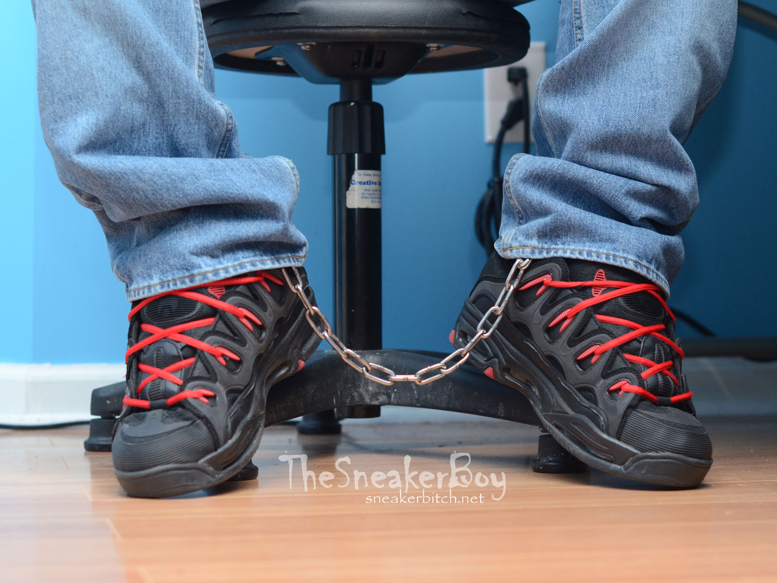 Chained in Osiris D3 2001